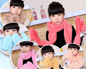 韓版毛絨兒童帶手套圍巾,限時3.0折,今日結帳再享加碼折扣